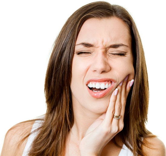 Răng bị sút mẻ phải làm sao để phục hình