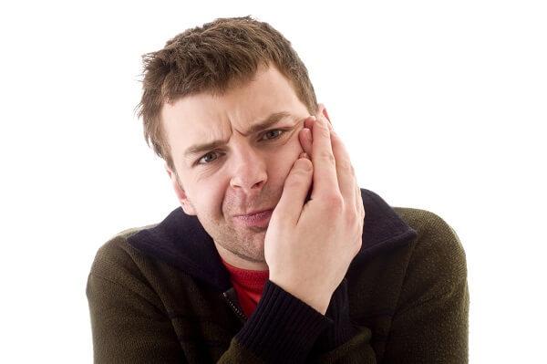 Cách chữa trị đau nhức răng hàm cực nhanh – đơn giản ở nhà
