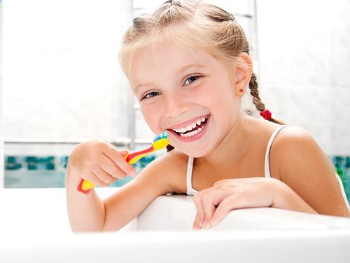 Áp xe răng ở trẻ em và mối nguy hiểm không thể lường trước 2