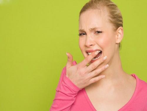 Đau răng cửa là triệu chứng của bệnh gì? Tư vấn cách chữa 1