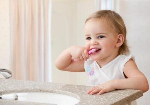 Giải đáp thắc mắc răng cấm có thay không? 2