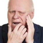 Cách chữa đau buốt răng cửa cực hiệu quả mà RẤT ÍT người biết