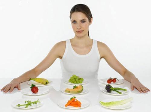 Mới nhổ răng khôn KIÊNG ăn gì và NÊN ăn gì là tốt nhất?