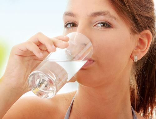 Tất tần tật cách chữa buốt răng khi uống nước lạnh triệt để 1