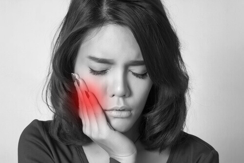 Nhức răng làm sao hết NHANH nhất tại nhà? 1