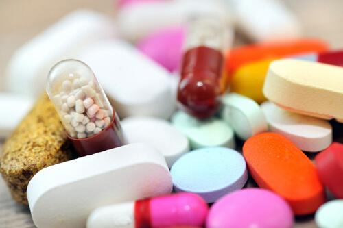 Đau răng uống thuốc gì để giảm đau nhanh và an toàn Tại Nhà 1