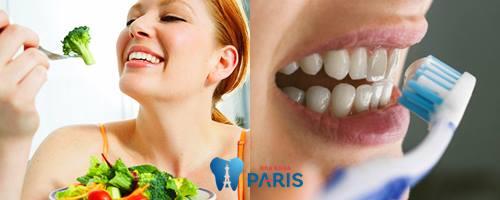 đánh răng sau khi ăn bao lâu