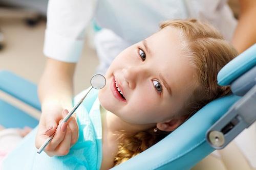 Áp xe răng ở trẻ em và mối nguy hiểm không thể lường trước 1