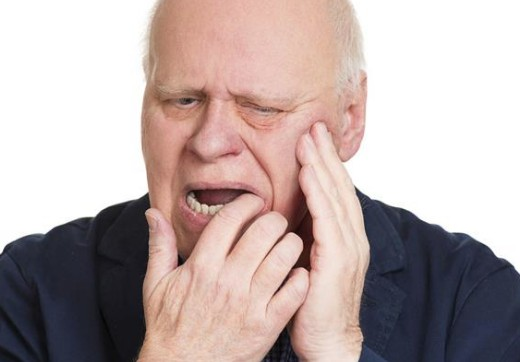Cách chữa đau buốt răng cửa cực hiệu quả mà RẤT ÍT người biết 1